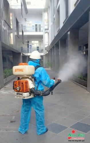 Dịch vụ phun sát khuẩn, sát trùng virus corona cho trường học, văn phòng tại Tp. HCM